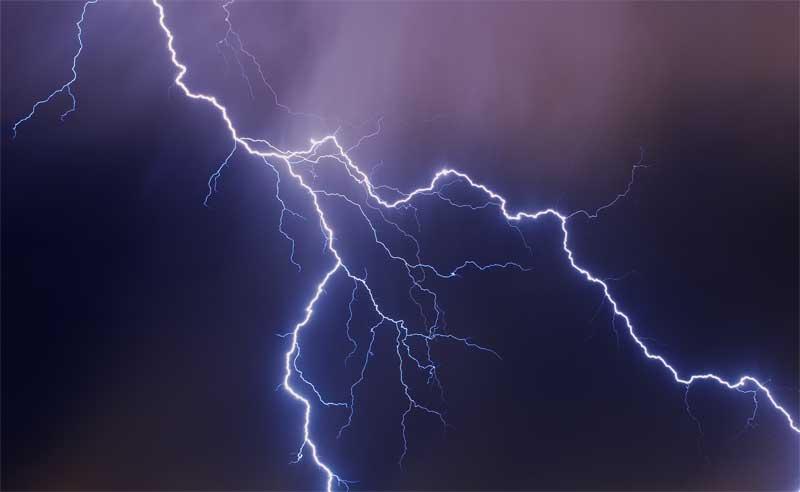 Καταιγίδα κεραυνών στη Βορειοδυτική Ελλάδα