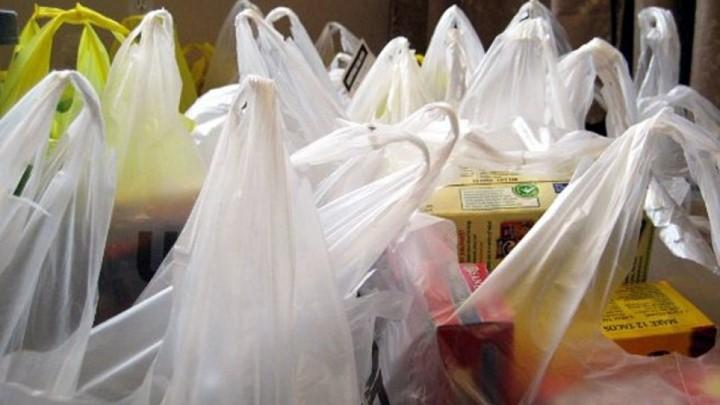 Τέσσερις δράσεις από το τέλος πλαστικής σακούλας