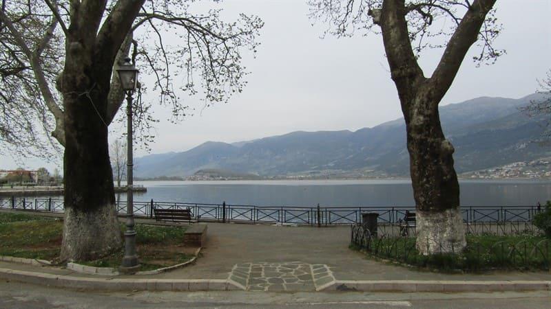 Απαγόρευση αλιείας στη λίμνη ως το τέλος Μαΐου