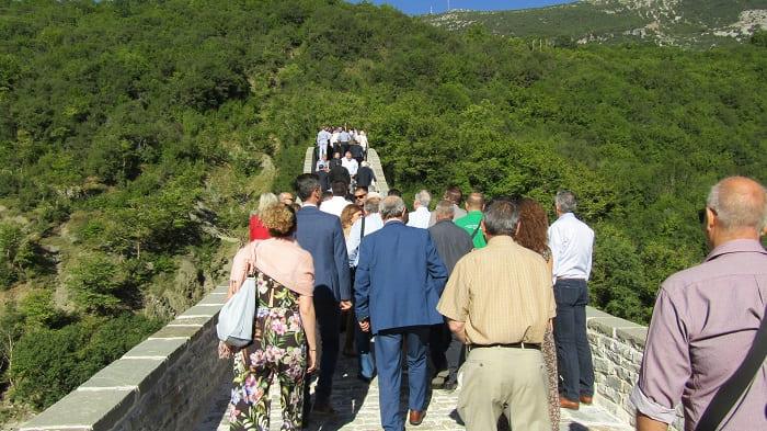 EpirusPost • Ειδήσεις, Ιωάννινα, Άρτα, Πρέβεζα, Θεσπρωτία • plaka mitsotakis2