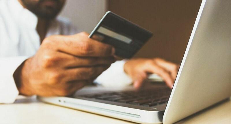Πρόβλημα στις e-υπηρεσίες τραπεζών, ανησυχία κι αναστάτωση