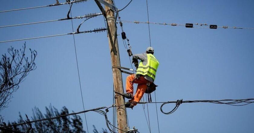 Σοβαρές οι ζημιές, αποκαταστάθηκε η ηλεκτροδότηση