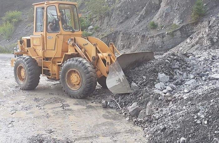 Δέκα μηχανήματα για τις ζημιές στα ορεινά