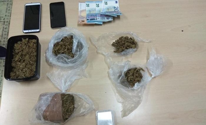 Δύο συλλήψεις για διακίνηση χασίς