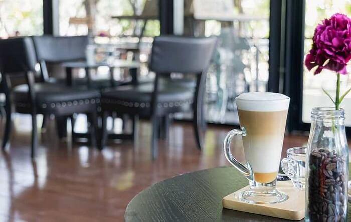 Λουκέτο σε καφετέρια και 88 πρόστιμα στην Ήπειρο
