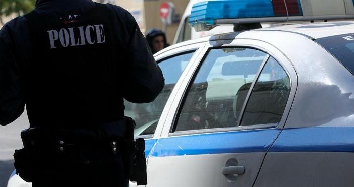 Έκλεψαν τσαντάκι με 11.000 ευρώ στα Γιάννινα, τρεις συλλήψεις