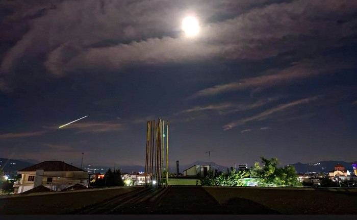 Μετεωρίτης «έσκισε» τον ουρανό της Ελλάδας