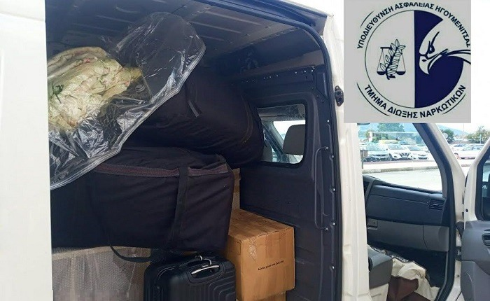 Δύο συλλήψεις και 256 κιλά χασίς στα χέρια της αστυνομίας