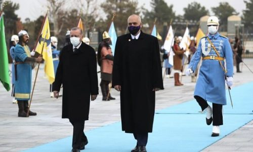 Turkey's President Recep Tayyip Erdogan, left, and Albania's Prime Minister Edi Rama inspect a military honour guard during a welcome ceremony at the presidential palace, in Ankara, Turkey, Wednesday, Jan. 6, 2021.(Turkish Presidency via AP, Pool)